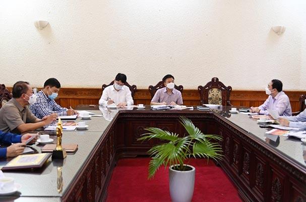 Khẩn trương chuẩn bị tổ chức các sự kiện hưởng ứng Ngày Pháp luật Việt Nam